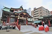 東京都 水天宮と巫女さん(改修前)