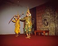 カンボジア 民俗舞踊アプサラ