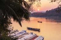 ラオス メコン川と夕日