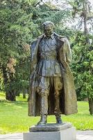 セルビア チトー像