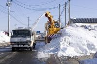 豪雪で倒壊した民家(十文字駅前)