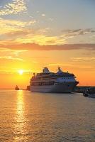 アメリカ合衆国 北海道 大型客船レジェンド・オブ・ザ・シーズ