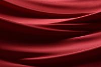 赤色のドレープ 布