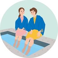 足湯を楽しむ母と娘