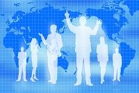 ビジネスマンとビジネスウーマンのシルエットと世界地図 CG