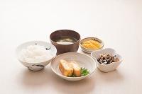 和食 朝食イメージ