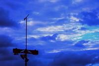 暗雲の空 未来へ