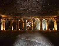 インド アジャンタ石窟群 第4窟