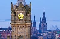 イギリス スコットランド エディンバラの時計塔