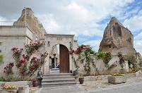 トルコ カッパドキア・ケイヴ・スイーツ 洞窟ホテル