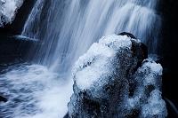 岐阜県  宇津江四十八滝 凍る岩