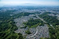 今泉台住宅地と散在ガ池 森林公園周辺より富士山