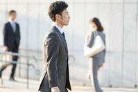 日本人ビジネスマンの横顔