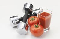 ダンベルとトマト