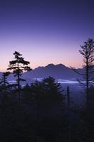 北海道 三国峠の朝と東大雪の山々