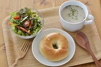 ベーグルとスープのセット