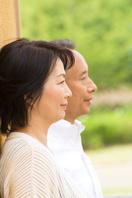 日本人シニア夫婦の横顔