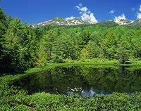 長野県・乗鞍高原 牛留池と乗鞍岳