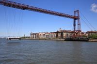 スペイン バスク地方 ビスカヤ橋の懸垂式モノレール