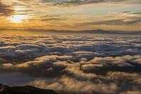 長野県 雲海と朝日