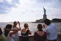 ニューヨーク ニューヨーク港クルーズより自由の女神