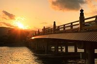 滋賀県 夕日の瀬田の唐橋