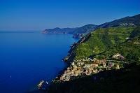 イタリア 地中海とチンクエテルレのリオマッジョーレ