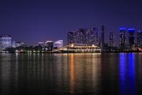 東京都 晴海埠頭に停泊中のクリスタル・シンフォニーの夜景