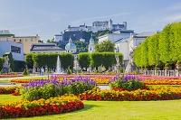 オーストリア ザルツブルク ミラベル庭園とザルツブルク城