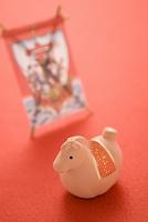馬の置物と宝船の凧