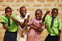踊る黒人の子供たち