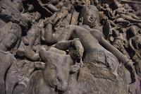インド ムンバイ エレファンタ石窟群 第1窟シヴァ寺院 列柱...