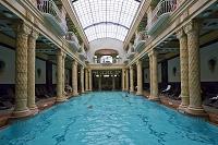 ハンガリー ブダペスト ゲッレールト温泉