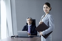 日本人の秘書