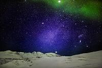 スウェーデン アービスコ 星空と雪に覆われた大地