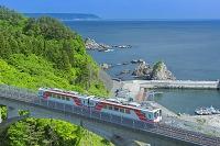 岩手県 新緑の三陸鉄道