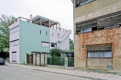 ペサックの集合住宅