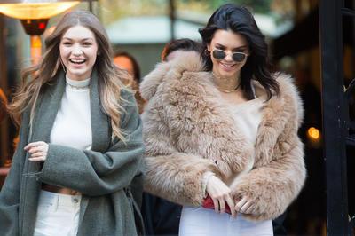 女性セレブファッション