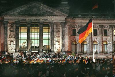 東西ドイツ統一 (1990年10月)