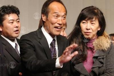 東国原英夫氏が宮崎県知事に当選(2007年1月21日)