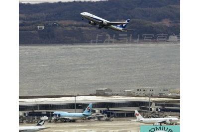 中部国際空港が開港(2005年2月17日)