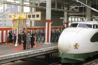 大宮-盛岡間東北新幹線開業(1982年6月)