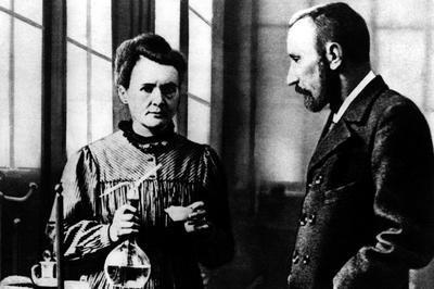 キュリー夫妻がラジウム発見を発表(1898年12月)