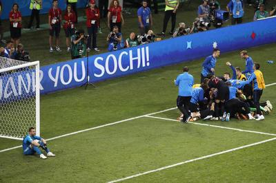 ロシア 2(3-4)2 クロアチア