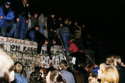 【ベルリンの壁崩壊】