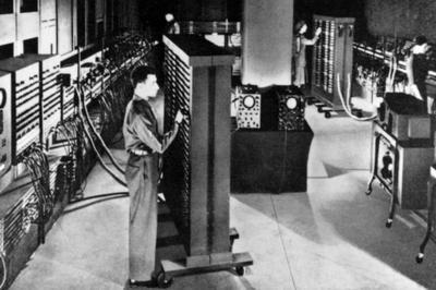 コンピュータ「ENIAC」の登場(1946年)