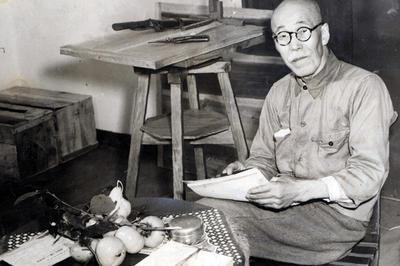 高村光太郎が死去(1956年4月)