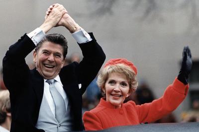1981年の出来事 | 写真素材・ストックフォトのアフロ