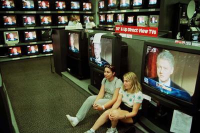 ビル・クリントン米大統領の不倫疑惑騒動(1998年)