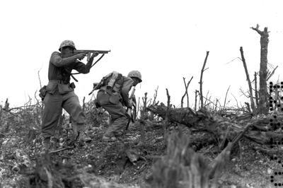 沖縄戦(1945年3-6月)